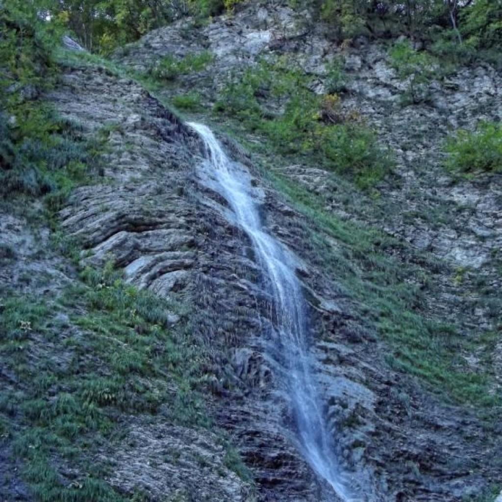 cascate dell'acquasanta